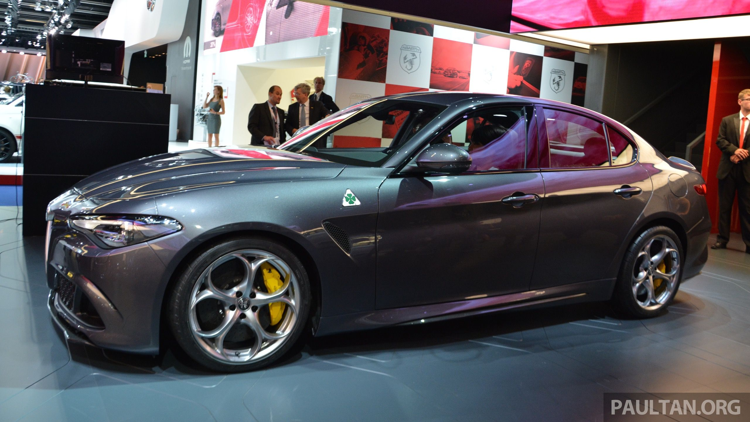 alfa giulia qv wallpaper Google zoeken Alfa Romeo