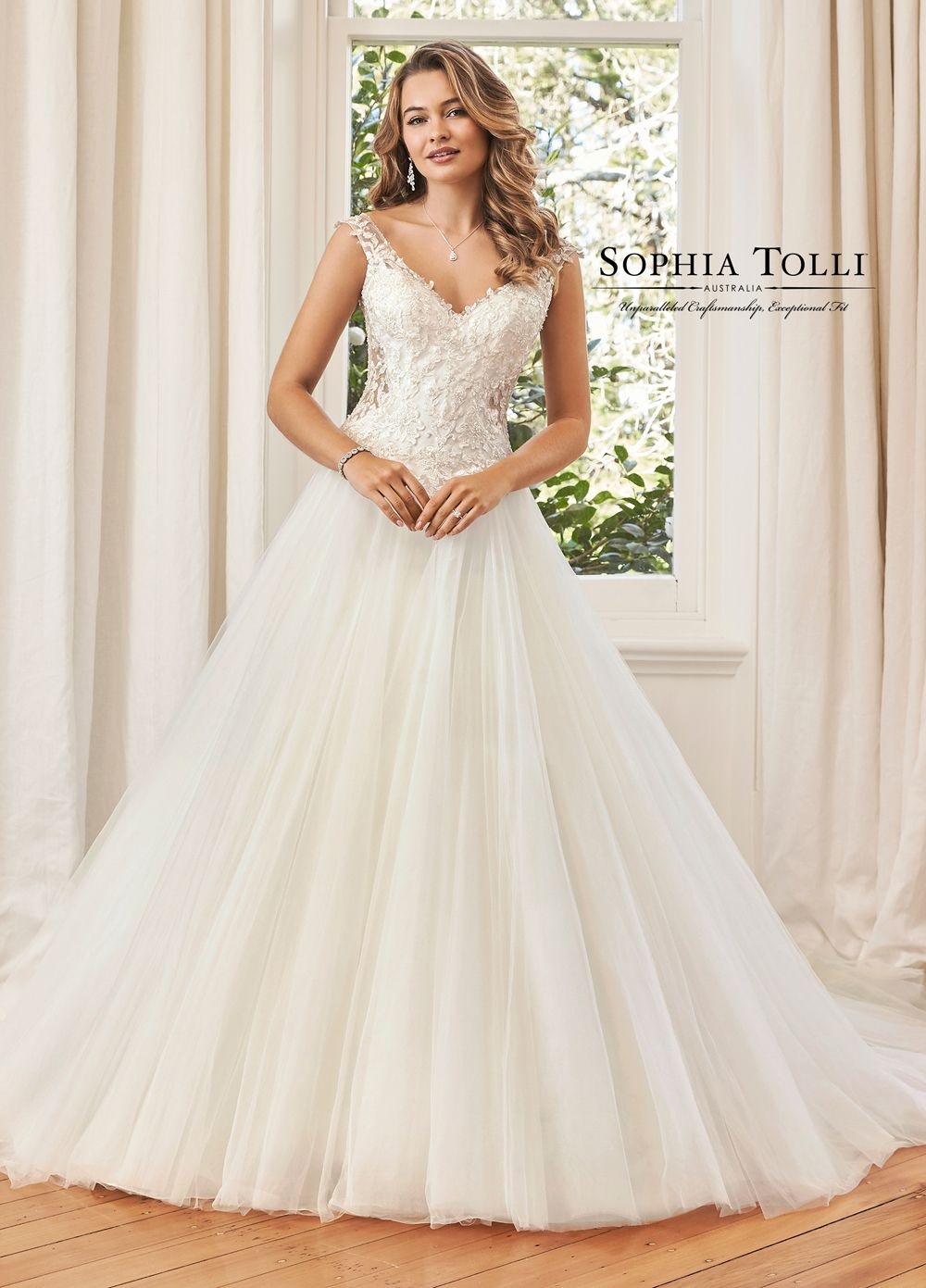Sophia Tolli Y11965a Hayden Basque Waist Wedding Gown Long Train Wedding Dress Wedding Dresses Detachable Train Wedding Dress [ 1391 x 1000 Pixel ]