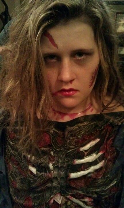 My grand-daughter this past halloween. Desirea Nicole Price 12 years old from Cottondale Alabama. You look great.