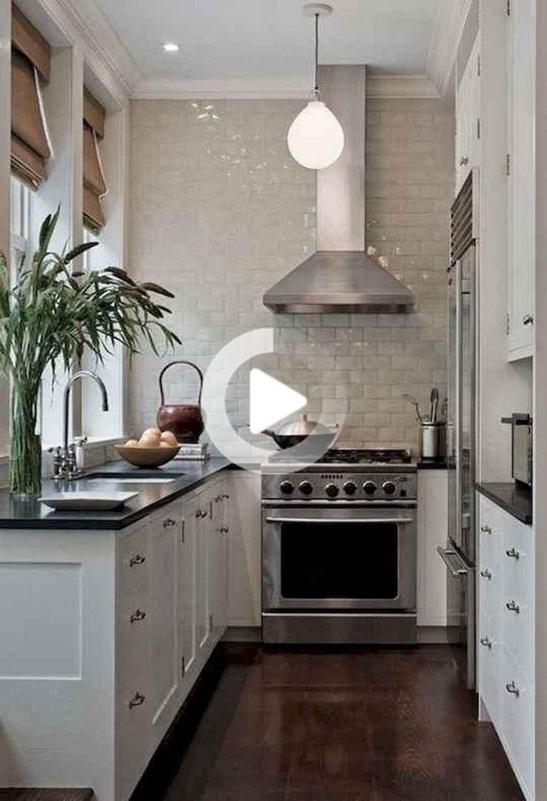 9+ Inspirerende Kleine keuken te verbouwen   Small white kitchens ...
