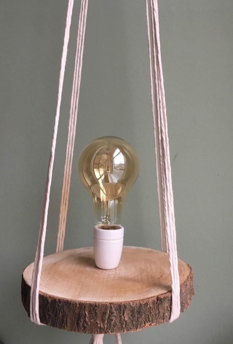 Hanglamp Lamp Op Plateau Macrame Zwevende Lamp Hout Touw Etsy Porcelain Lamp Pendant Light Mirror Table