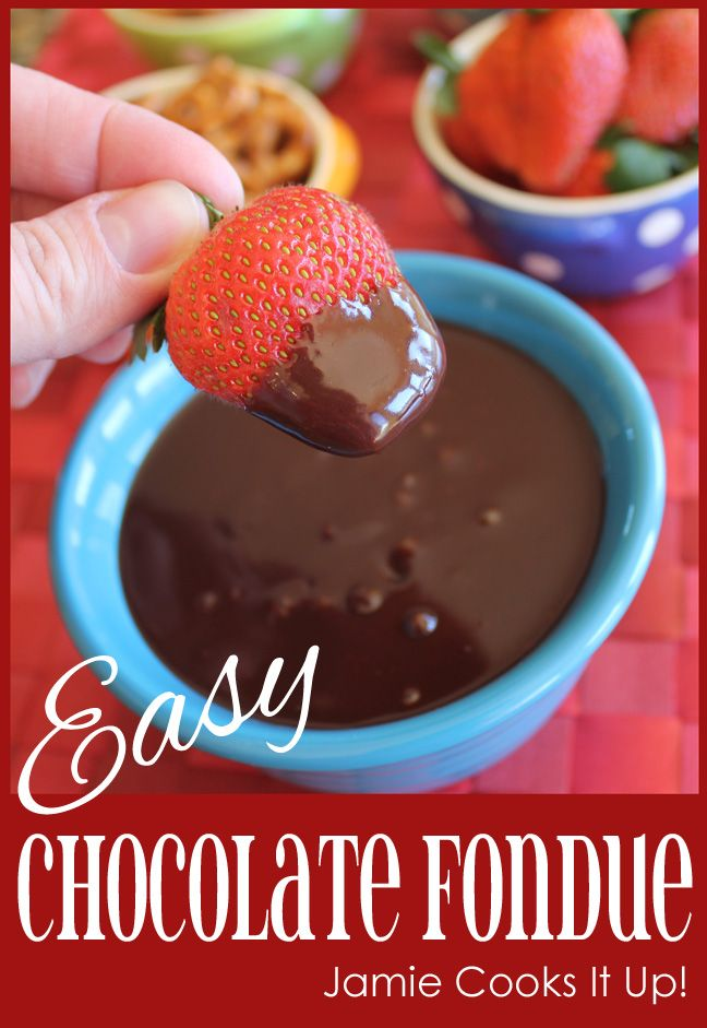 Easy Chocolate Fondue #fonduerecipes