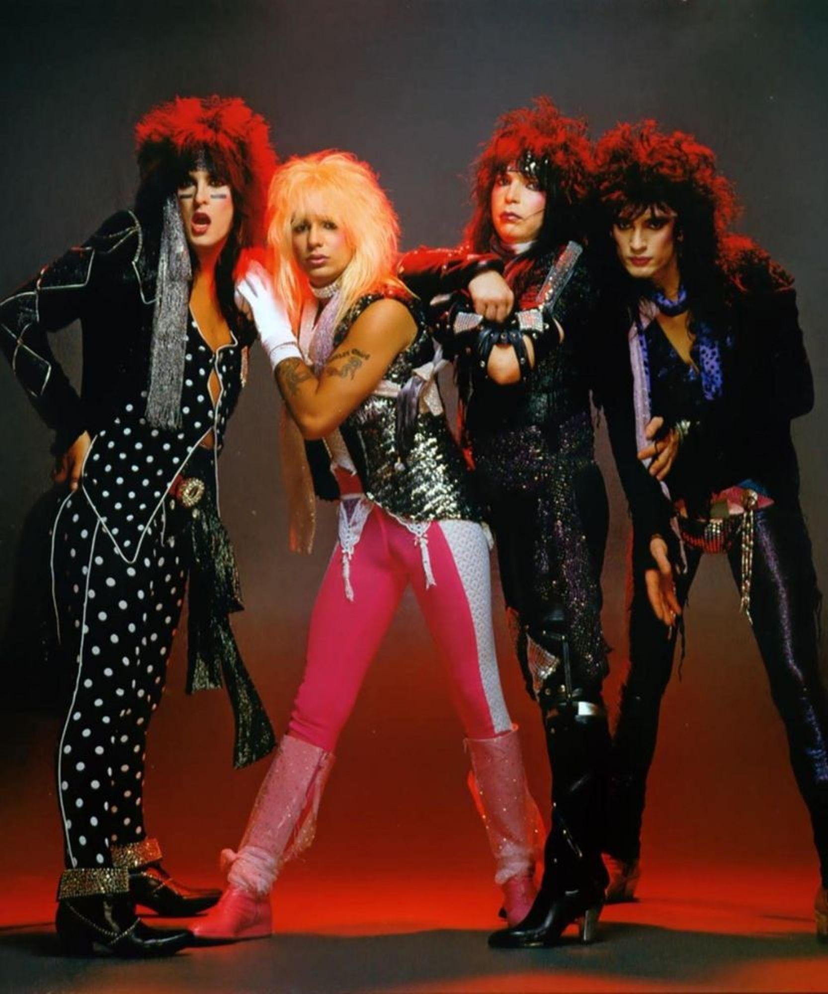 Mötley Crüe 1985 Motley crue, Motley, The wedding singer