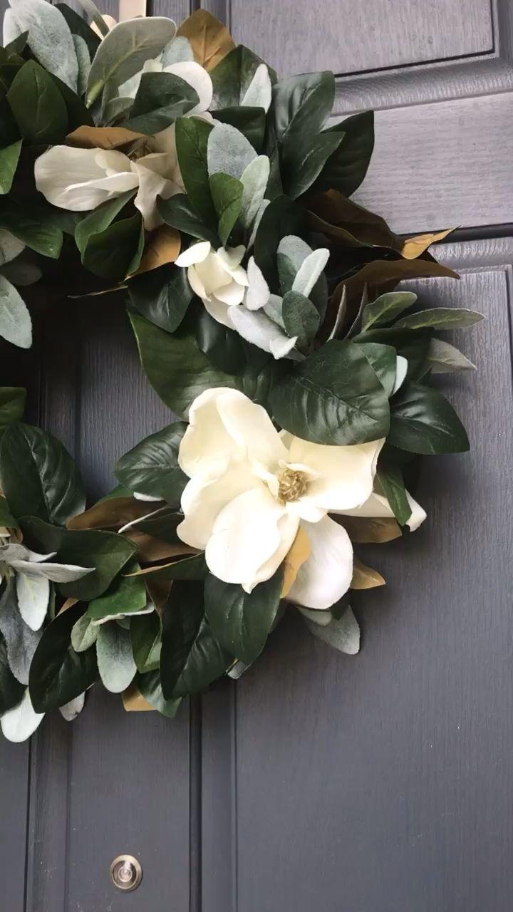 Photo of Peasant magnolia wreath