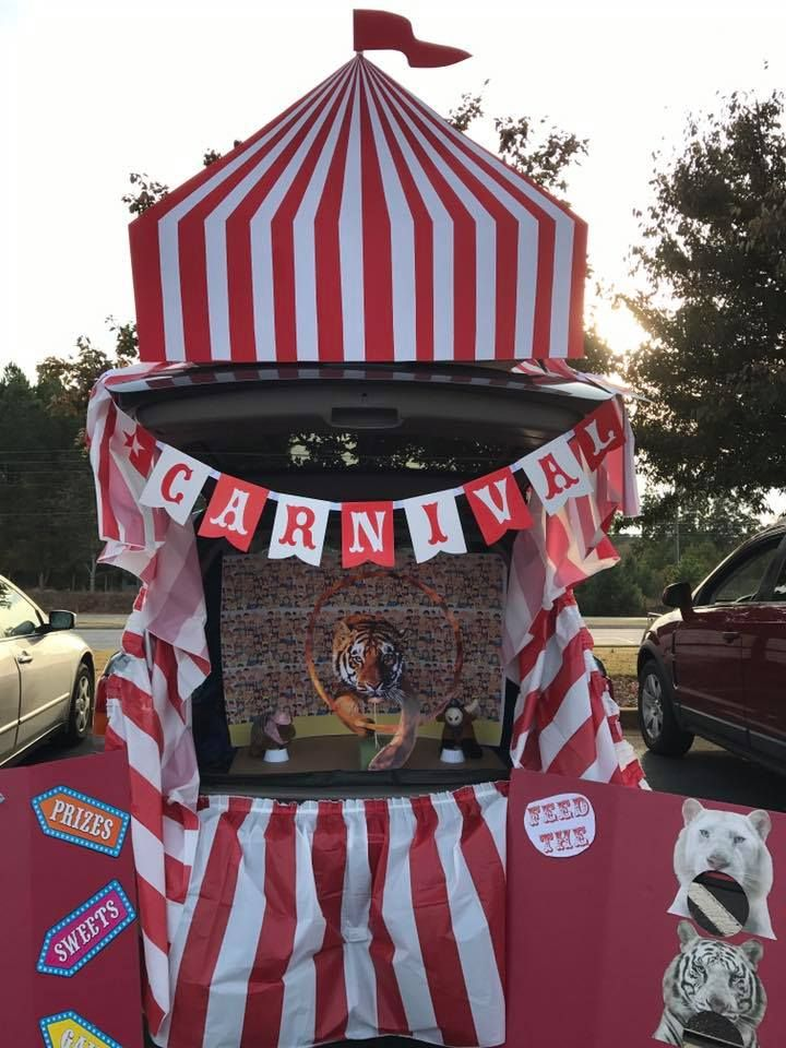 Under The Big Top Trunk Or Treat Decoration Idea With