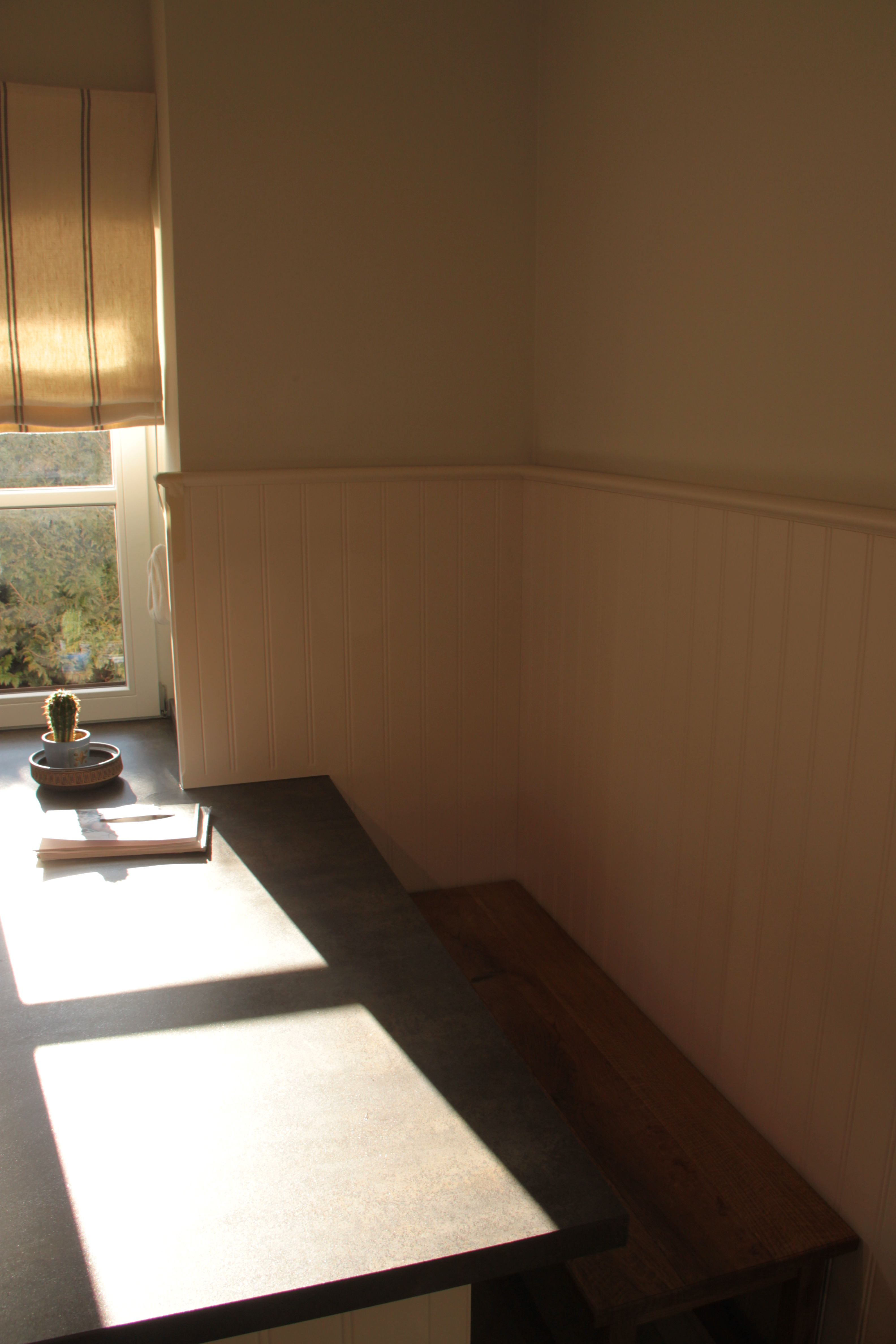 Küche weiß lackiert mit #Arbeitsplatte aus #Stein | L+S / Küchen ... | {Küchenarbeitsplatte stein 24}