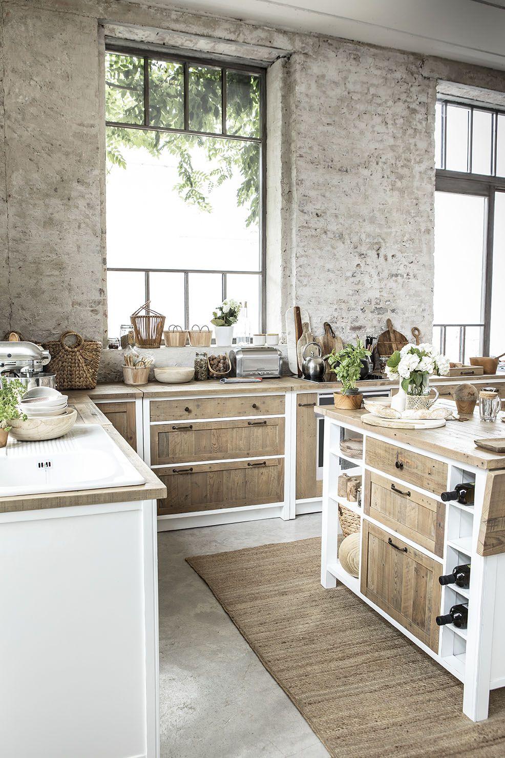 cuisine blanche et bois moderne avec