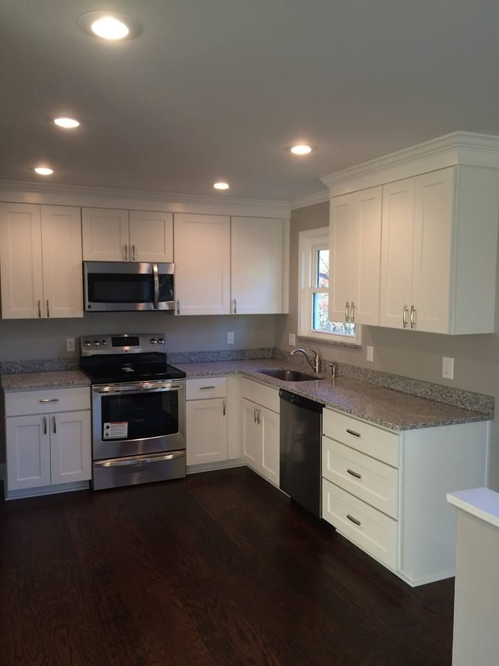 White Kitchen Cabinetry Bradford/Shaker Door Learn More ...