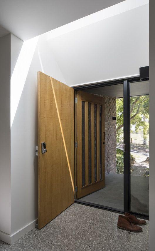 Galería de Casa Ruffey Lake / Inbetween Architecture  – 29