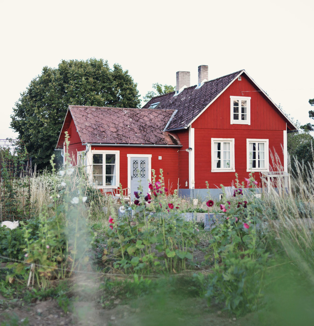 A Swedish Country House with a Dreamlike Garden