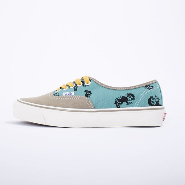 9458a898509a Vans Vault OG Authentic LX Sk8 Monkey - For Summer Vans Vault brings back  the classic OG Authentic LX adorning their iconic all-over Monkey pattern  print.