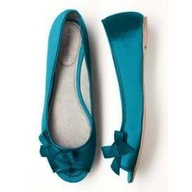 Something blue. http://bit.ly/HgSLKo