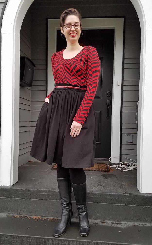 Librarian for Life + Style | Wearing a tunic dress as a top | Bold red + black