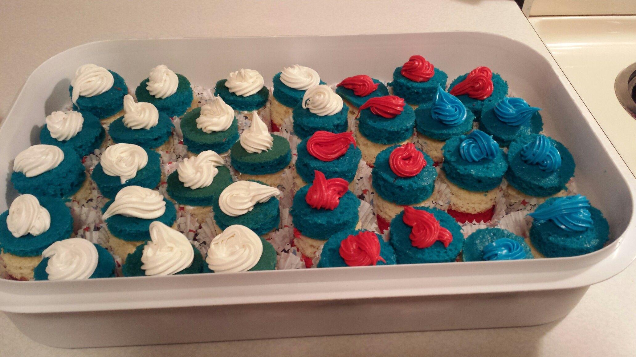 3 layer cutout cupcakes