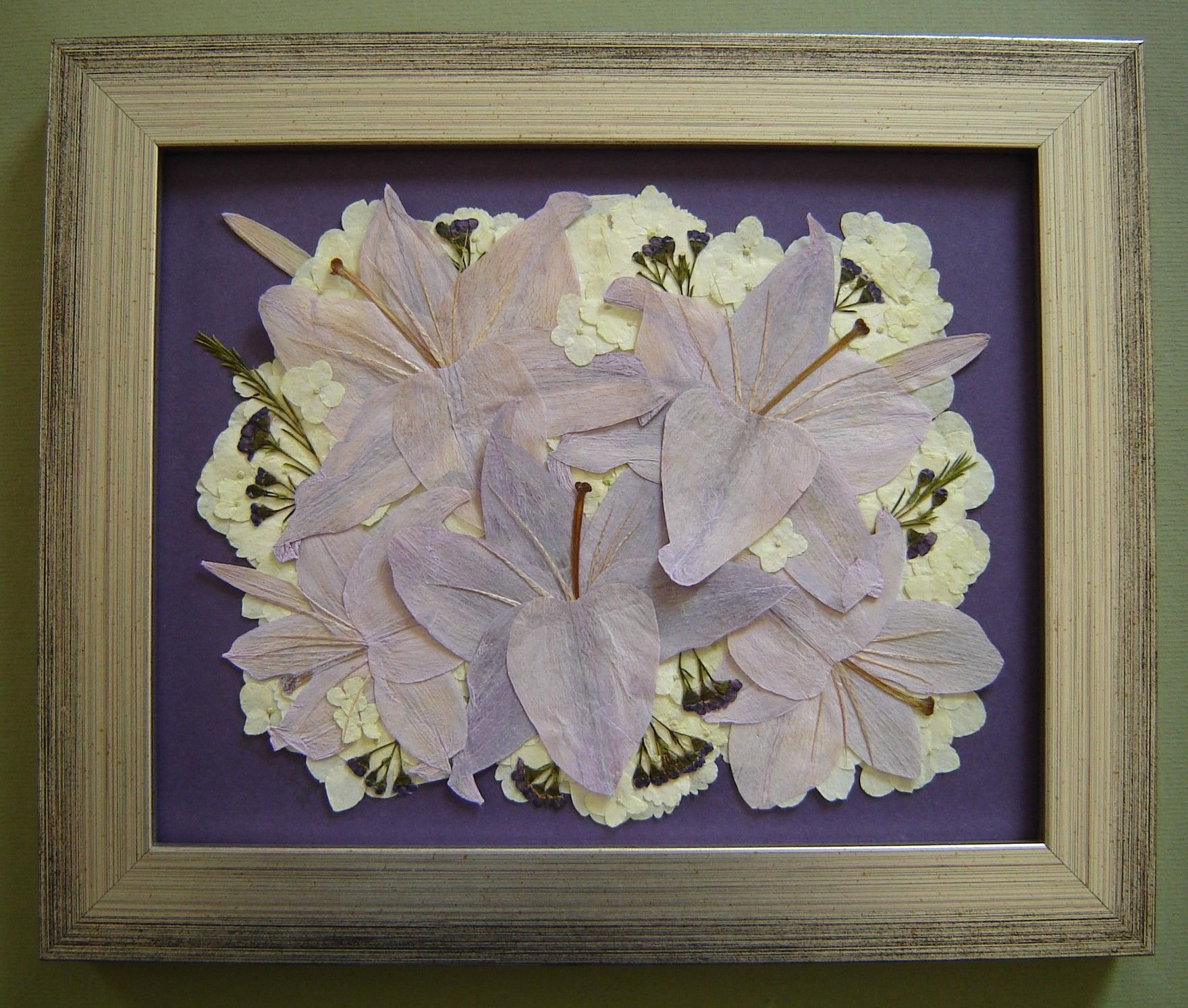 Pressed Wedding Flowers: Wedding Flower Preservation