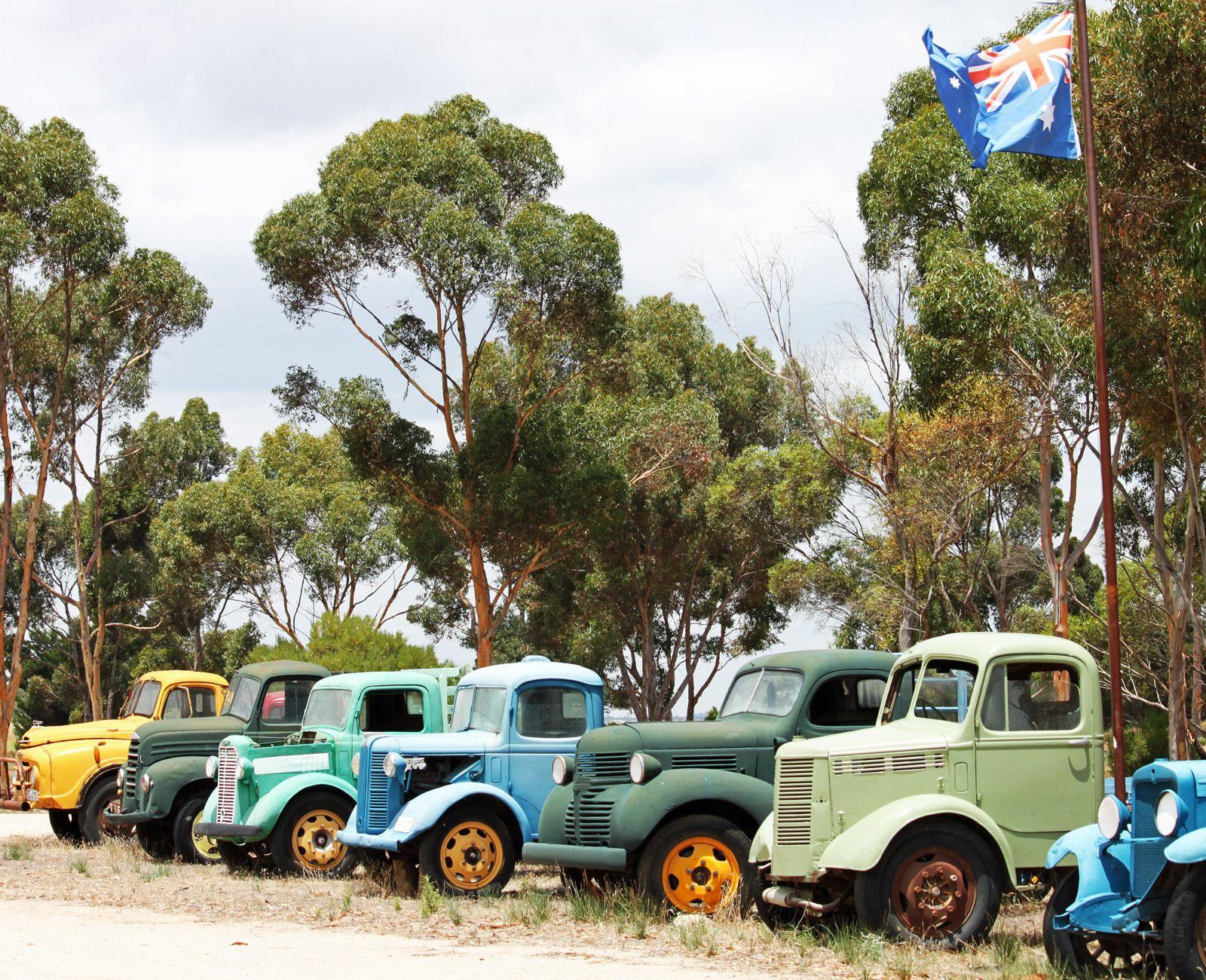 Old cars #travel #Australia #smileshare | Down Under | Pinterest ...