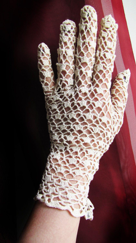 Vintage handmade lace gloves   Handschuh, Stricken häkeln und Stulpen