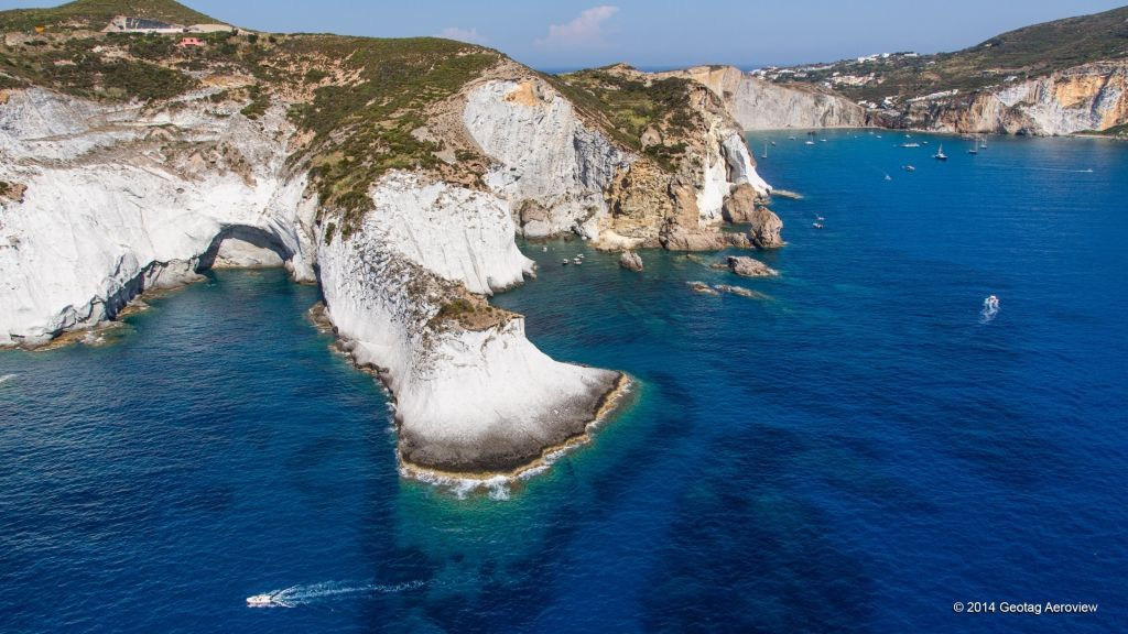 Italy >Lazio >Pontine Islands >Ponza | Island, Explore ...