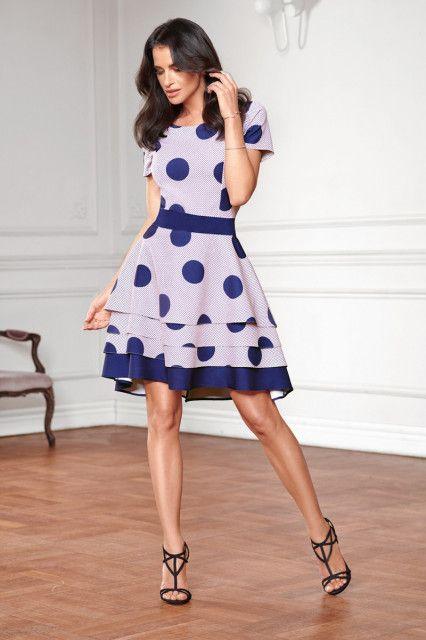 bc75b07ef5 Rozkloszowana sukienka w grochy