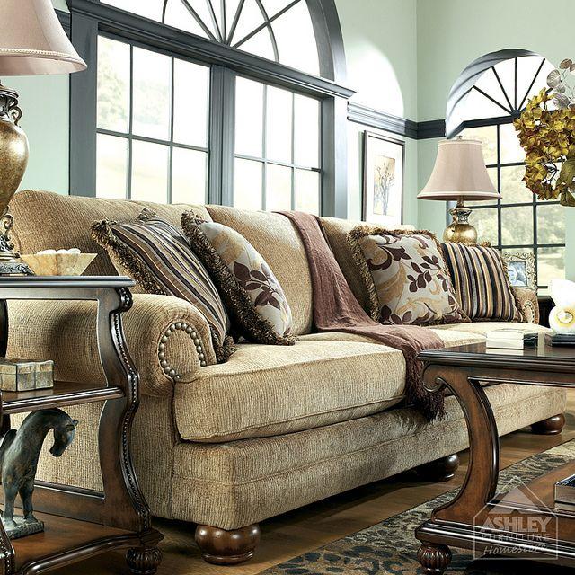 Ashley Furniture HomeStore Traditional Classics Living Room.