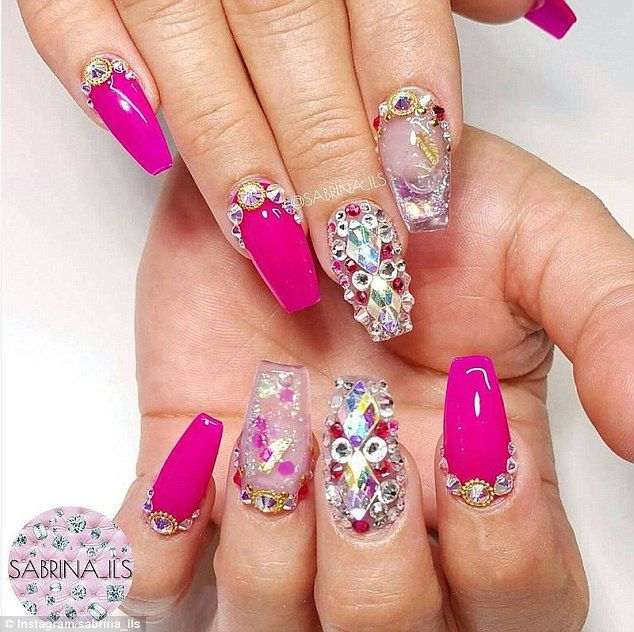 Women are wearing press-on nails filled with moving liquid and ...