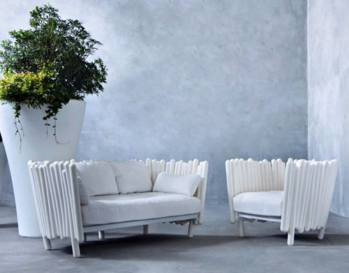 Eclectic outdoor furniture collection by italian furniture for Serralunga furniture