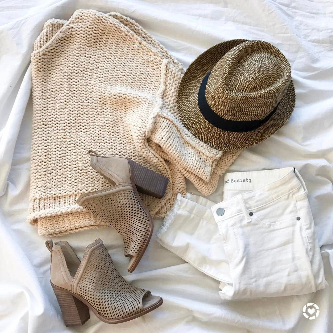 "3,224 Likes, 86 Comments - Alexis | Adoubledose.com (@alexis.belbel) on Instagram: ""Spring neutral layering✨ love white jeans with neutrals, so clean and simple these booties go…"""