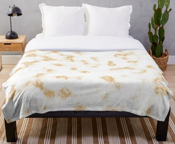 Light Brown and White Soft Marble Pattern Throw Blanket