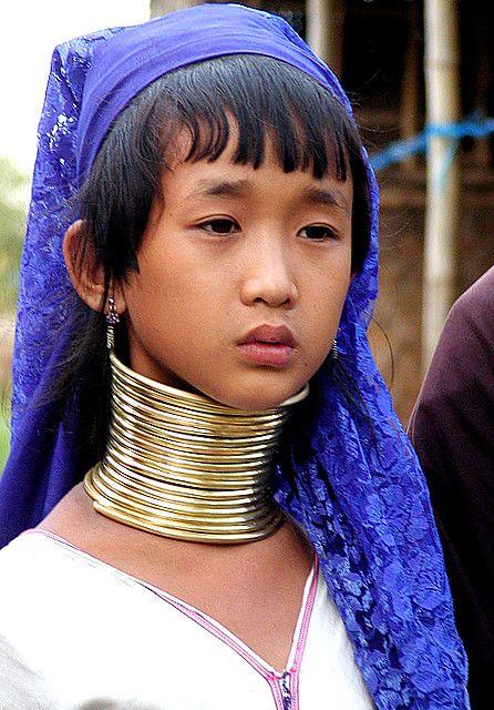 Inle Lake 11 Year Old Padaung Girl Tb Padaung People Around