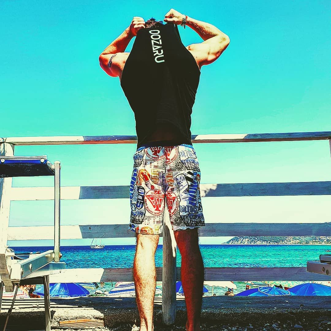 Costumi sobri e canotte arroganti💪💪🦍   @oozaruwear      #sun     #sunset     #fit     #fitness     #...