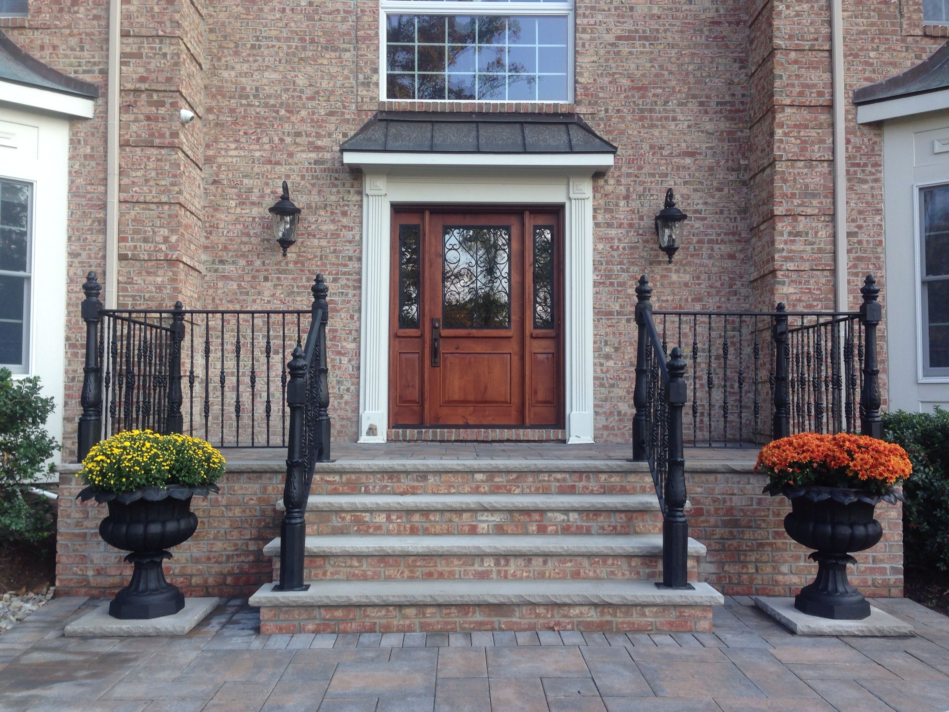 Best Front Entry Completed Brick Steps With Limestone Wrought 640 x 480