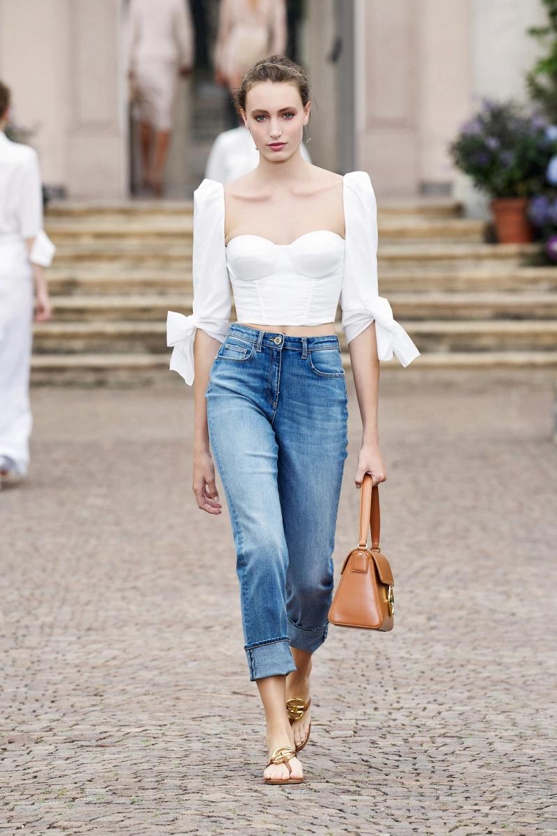 Elisabetta Franchi RTW Spring 7  Fashion week, Fashion