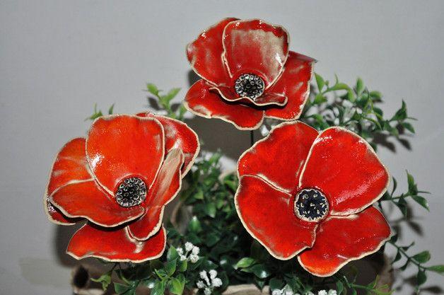Ich Fertige In Meiner Kleinen Topferei Keramikblumen In 20 Formen Und 15 Verschiedenen Farben Bzw Farbkombinationen Die Blume Keramik Blumen Blumen Keramik