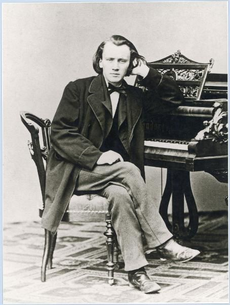 Johannes brahms virtuoso pianist composer at the piano johannes brahms virtuoso pianist composer at the piano fandeluxe Image collections