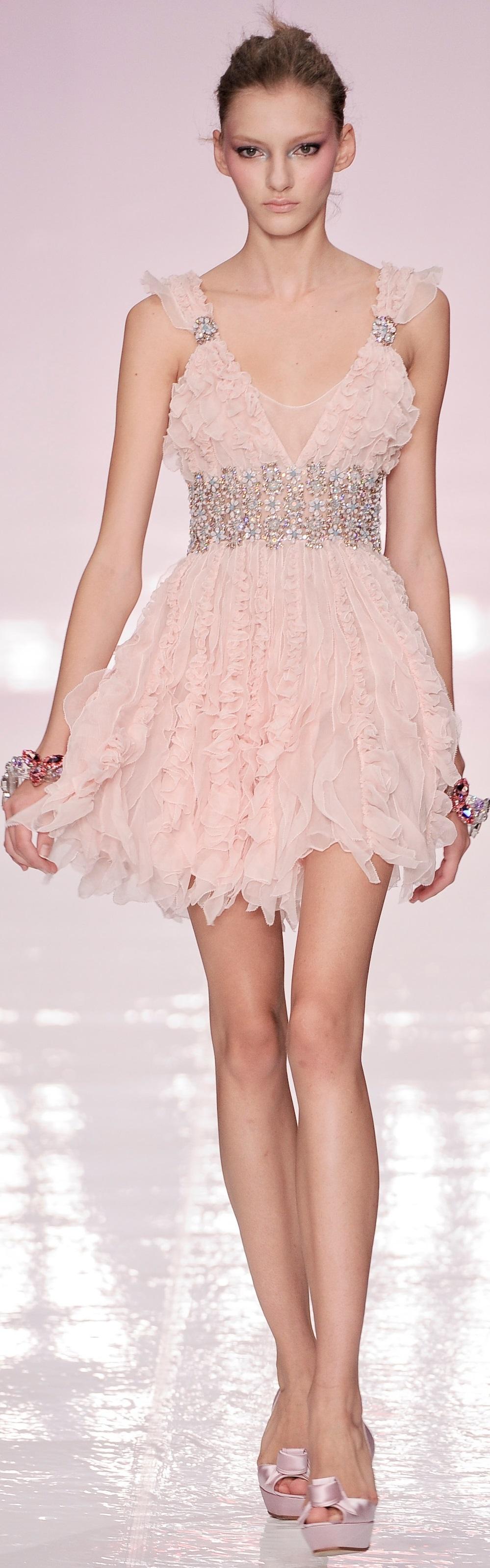Jenny Packham spring 2009 | vestidos | Pinterest | Alta moda, Rosas ...