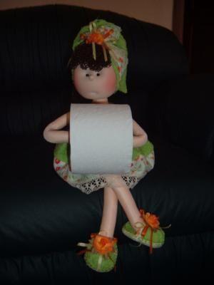 Mu eca con papel higi nico mu eca tela toalla cabello - Porta toallas para bano ...