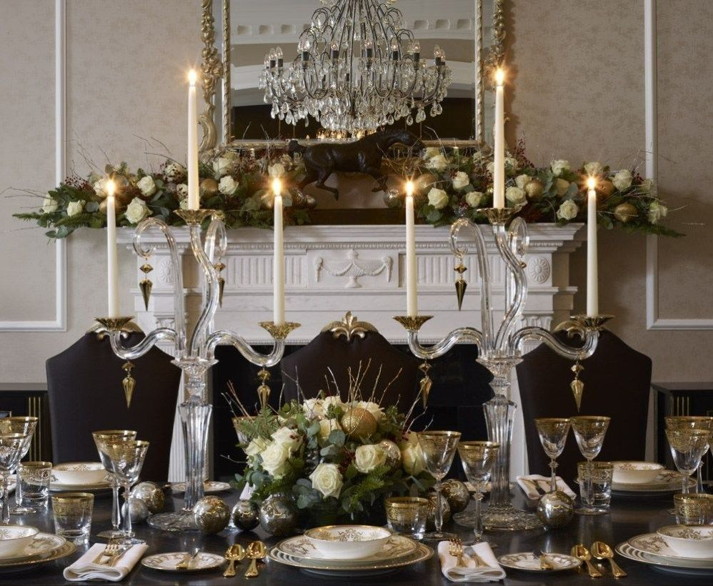 56 Luxury Christmas Table Decoration For Celebrating Christmas This Year Luxury Christmas Decor Christmas Table Decorations Christmas Luxury