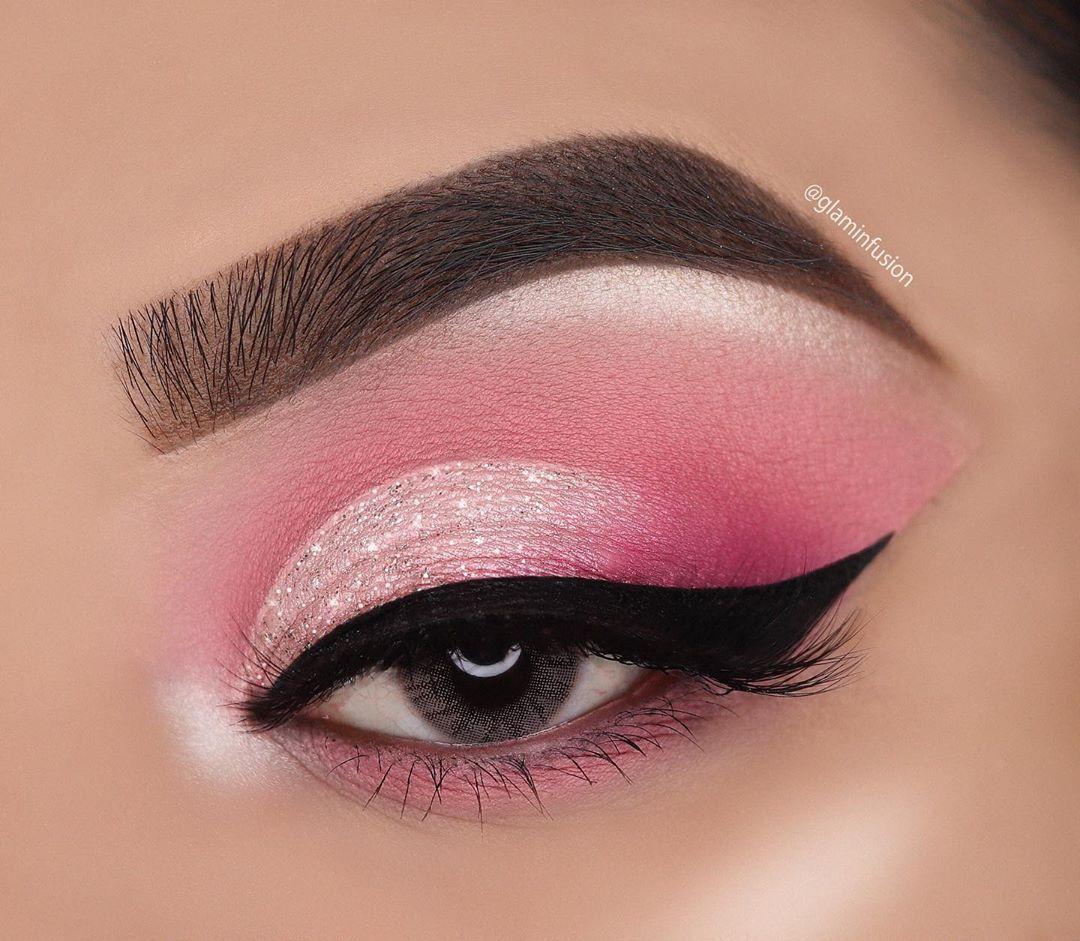 Light Pink Lips And Eyes Pink Eye Makeup Eye Makeup Pink Makeup