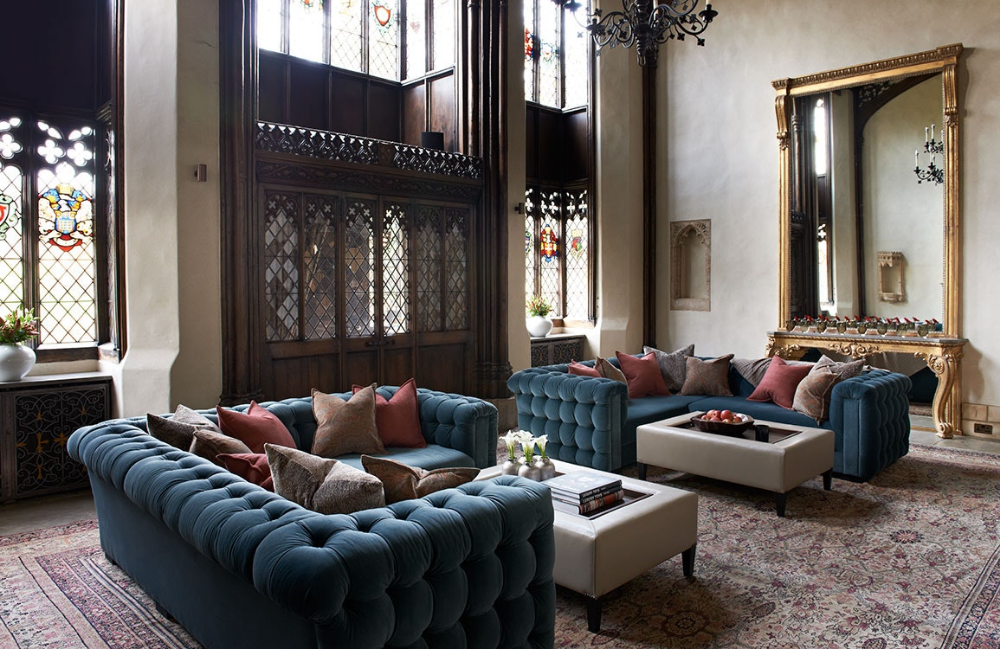 Velvet sofas | English country manor, English living rooms ...