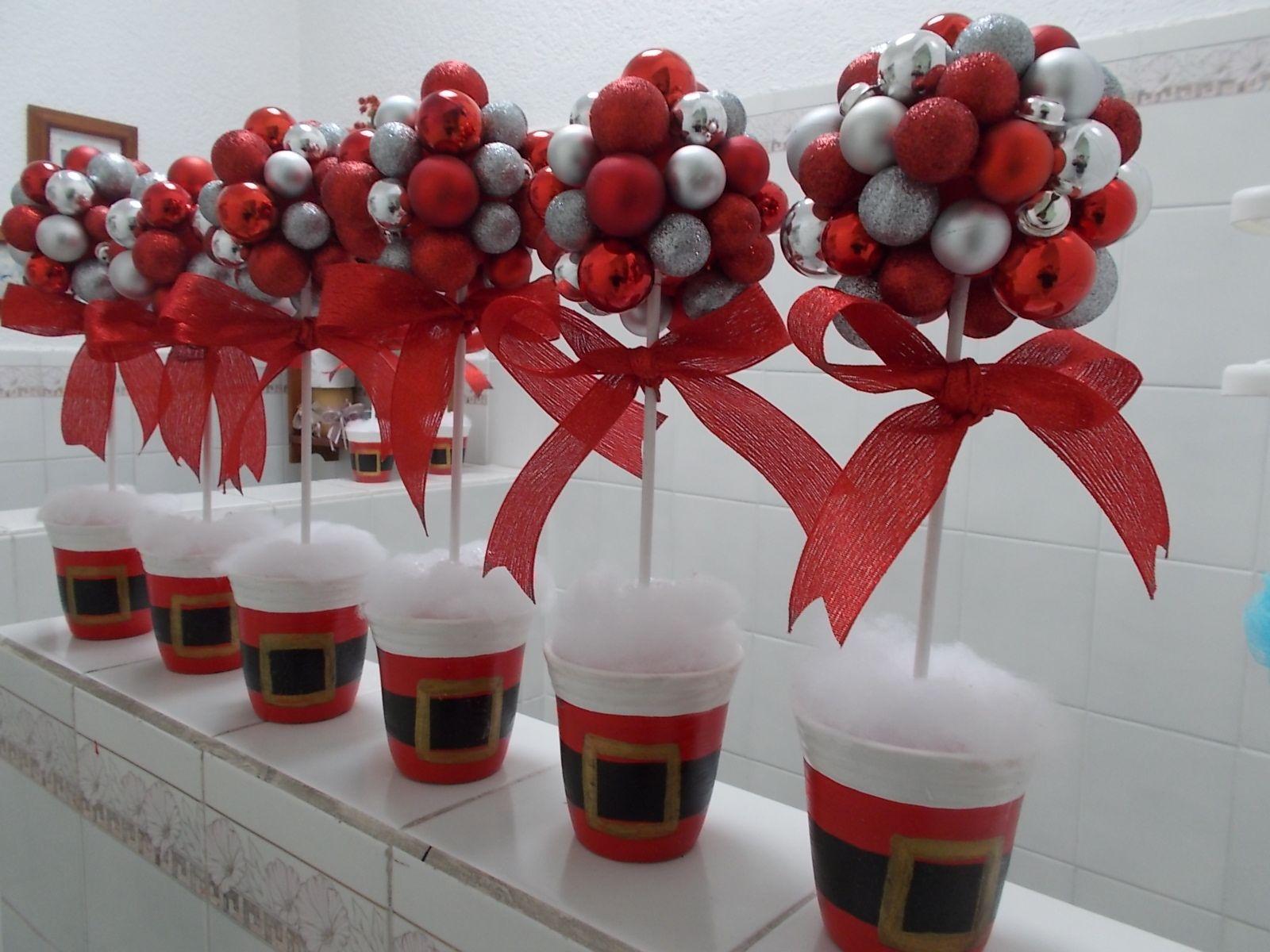 Pin de dora wiliczinski en natal pinterest adornos de - Adornos navidenos para mesas ...
