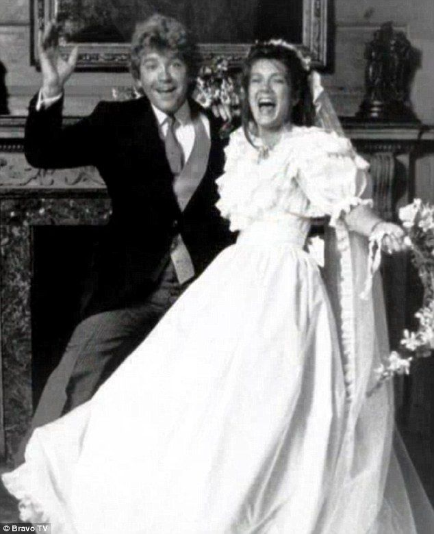 Is That You Lisa Vanderpump Glamorous Real Housewife Reveals Photos Of Her 1982 Wedding And That Frilly Puff Sleeve Gown Wedding Renewal Vows Wedding Wedding Vows
