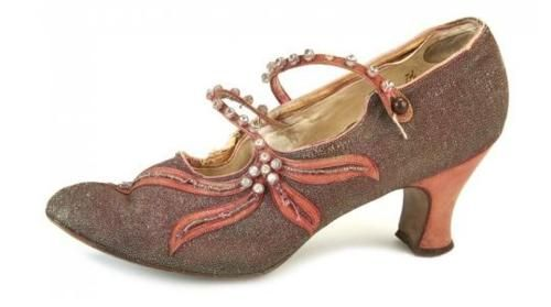 1920s shoes.  First you buy these shoes, then you build the outfit around THEM.