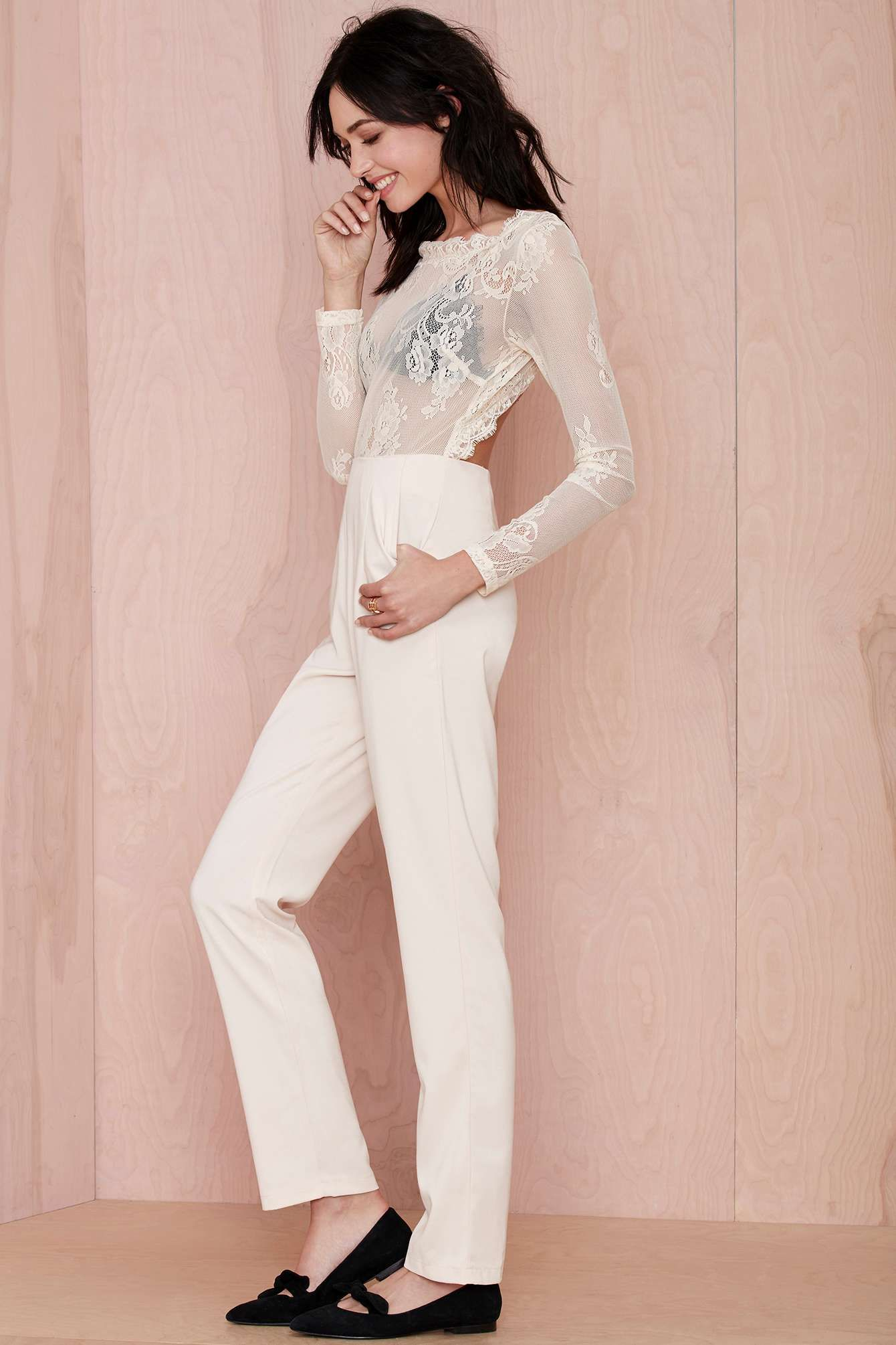 lace jumpsuit. Bomb.   Looks   Pinterest   Inspiración para boda ...