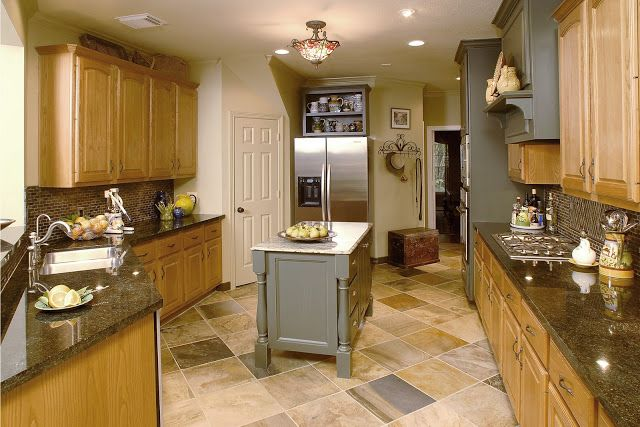 What To Do With Oak Cabinets  Cabinet Design Kitchens And House Prepossessing Design Of Kitchen Design Ideas