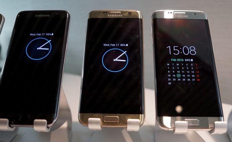 تحميل Always On Display نسخة جالكسي اس 8 وتثبيتها على جميع الهواتف عربي تك Samsung Gear Fit Apple Watch Wearable
