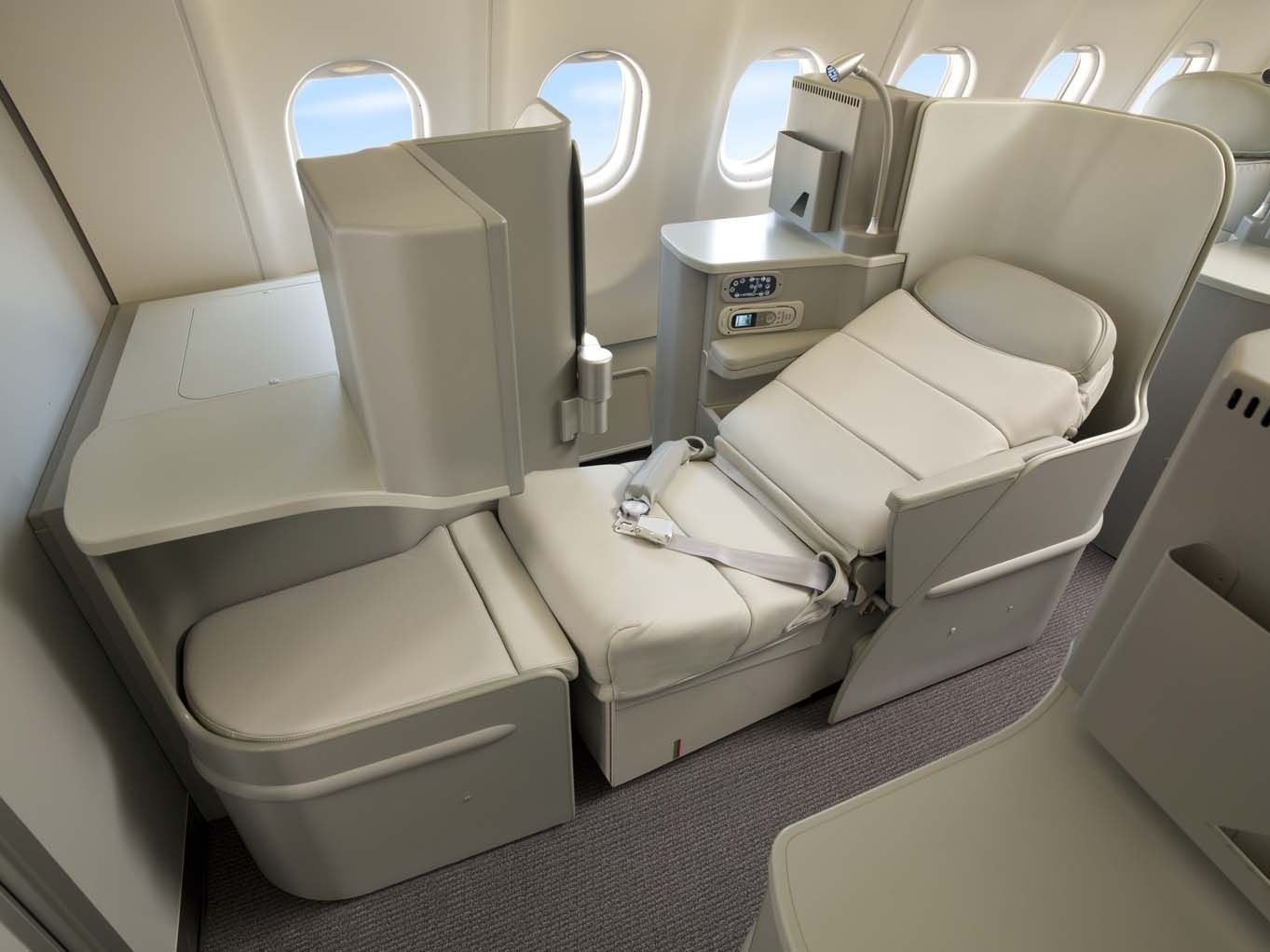 fly alitalia magnifica class to italy transfer amex points to delta rh pinterest com