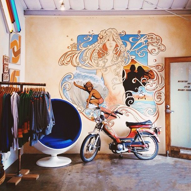 Aviator Nation clothes, sweats - Venice, CA