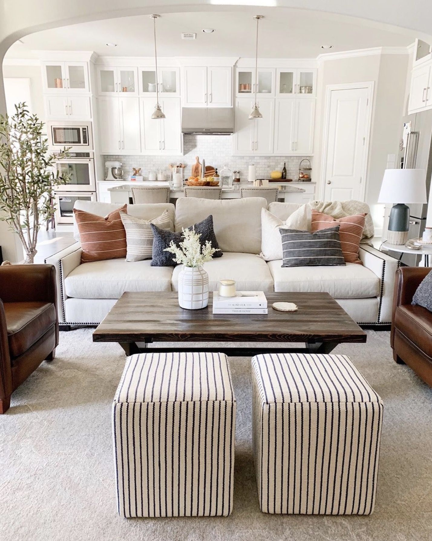 Favorites From The Idcoathome Feed The Identite Collective House Interior Living Room Inspiration Living Room Designs