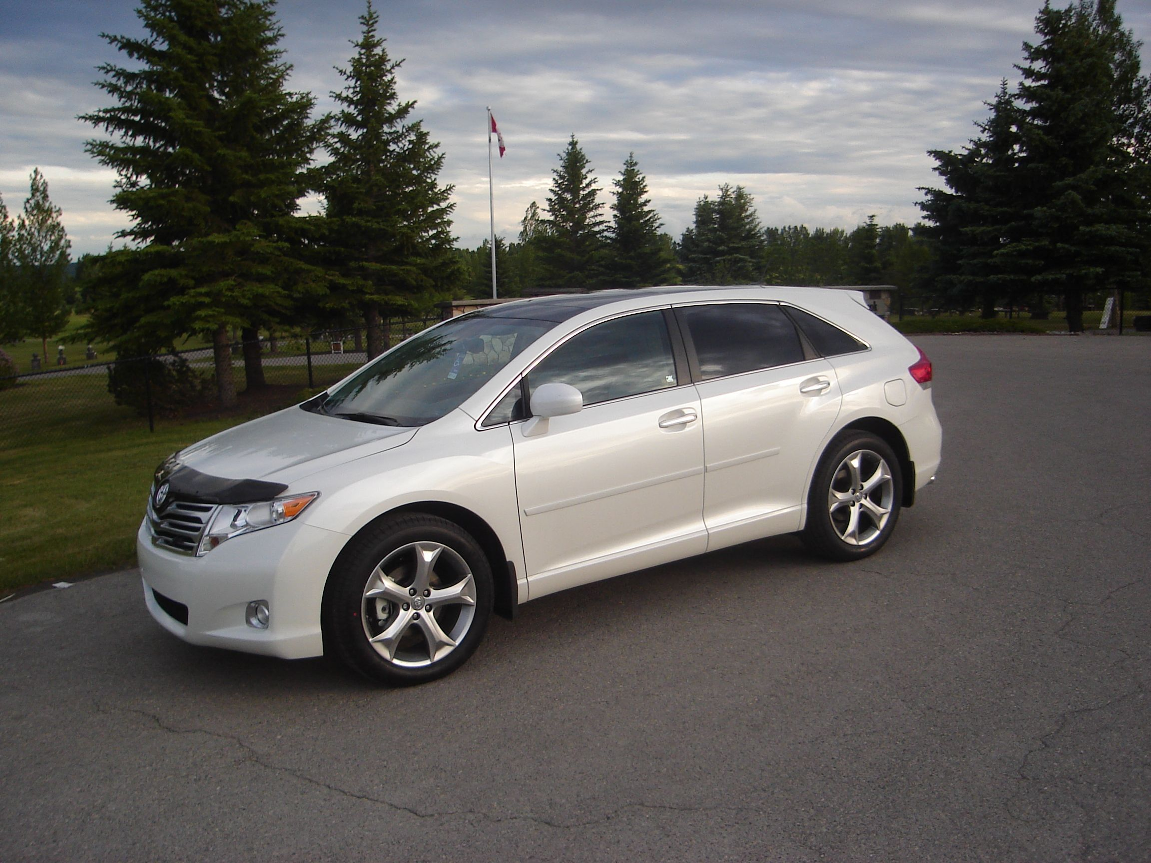 toyota sept quebec inventory vehicle iles en used venza awd in