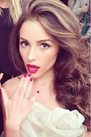 Voluminous Brushed Out Curls Red Lip Stick Bridal Look Inspo